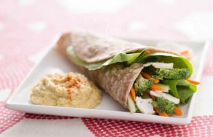 Whole Meal Flatbreads with Lupine Humus and Crunchy Veggies
