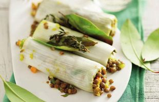 Leek Rolls with Lentils and Lettuce