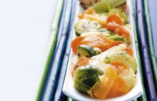 Sprouts and Vegetables Pan with Thyme